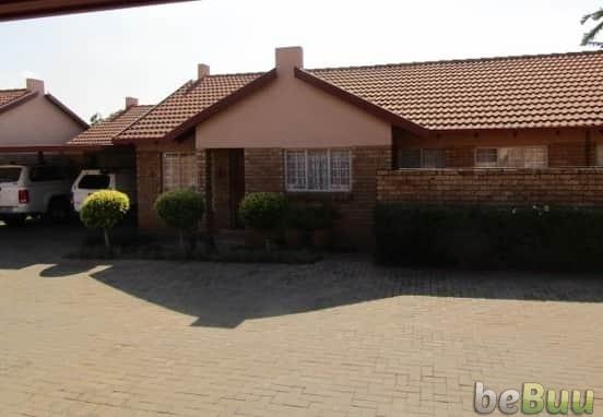 3 Beds 2 Baths Townhouse, Pretoria, Gauteng