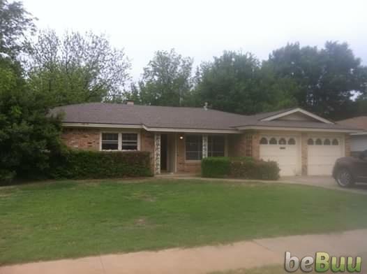 3 Beds 2 Baths House, Lubbock, Texas